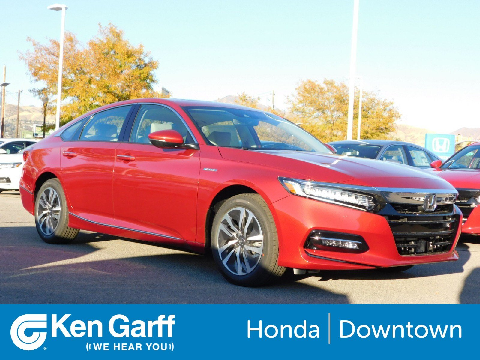 New 2018 Honda Accord Hybrid Touring 4dr Car 1H
