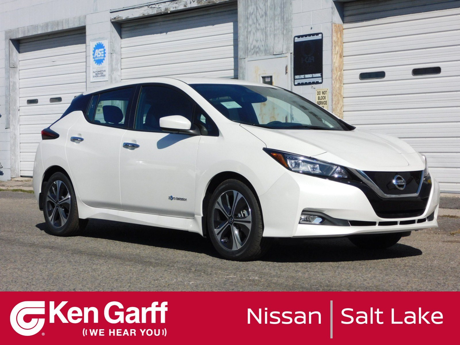 New 2018 Nissan Leaf Sv Hatchback 1n80880 Ken Garff Automotive Group