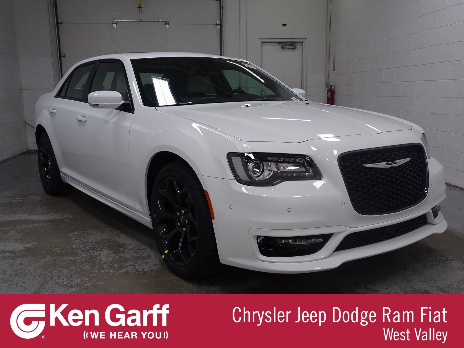 Chrysler 300 S >> New 2019 Chrysler 300 300s With Navigation