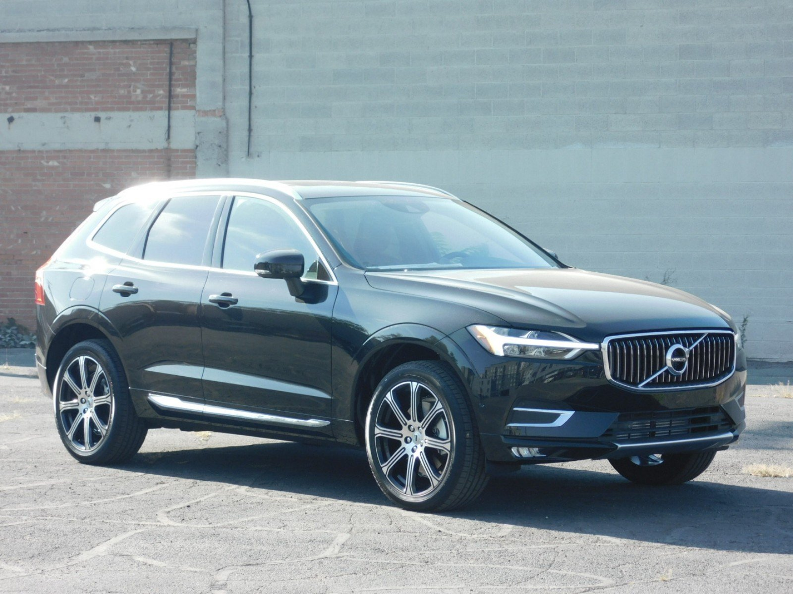new 2019 volvo xc60 inscription sport utility 1v9077 ken garff automotive group. Black Bedroom Furniture Sets. Home Design Ideas