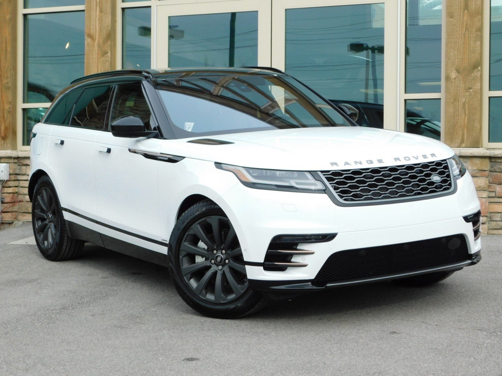 New Land Rover Range Rover Velar S With Navigation 4wd