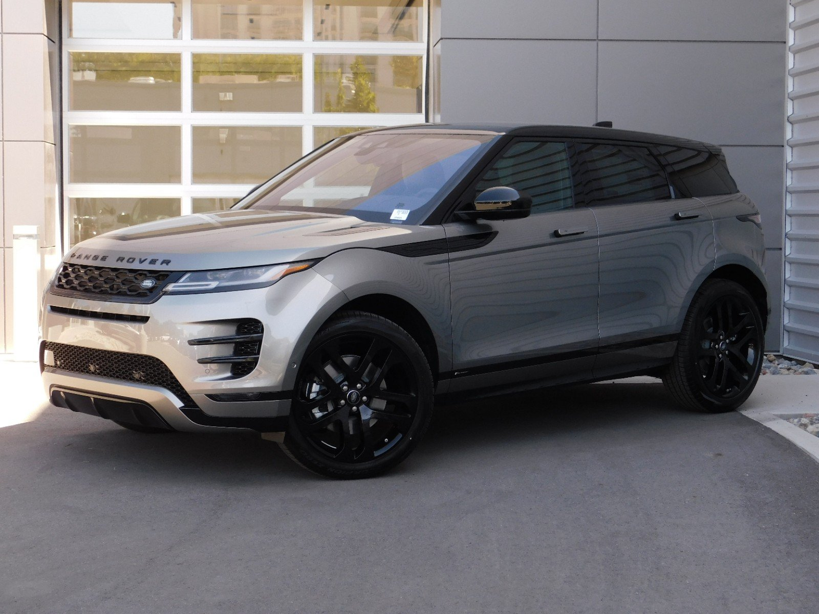 Range Rover Evoque Hse >> New Land Rover Range Rover Evoque R Dynamic Hse With Navigation Awd