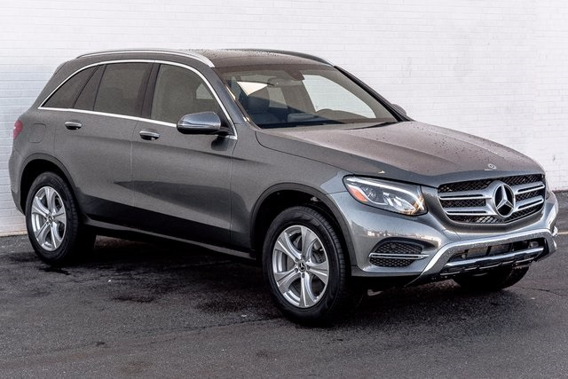 Pre Owned 2017 Mercedes Benz Glc 300