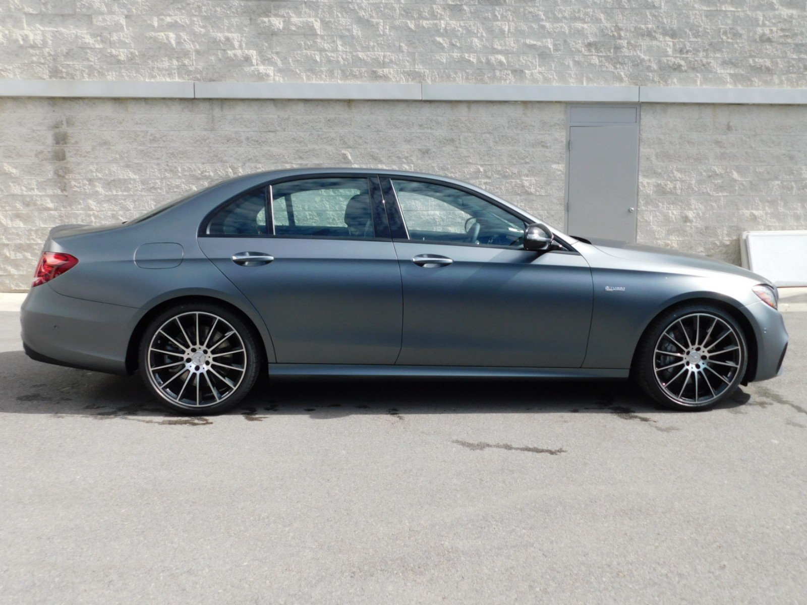 New 2018 Mercedes Benz E Class AMG E 43 4dr Car 1M8564