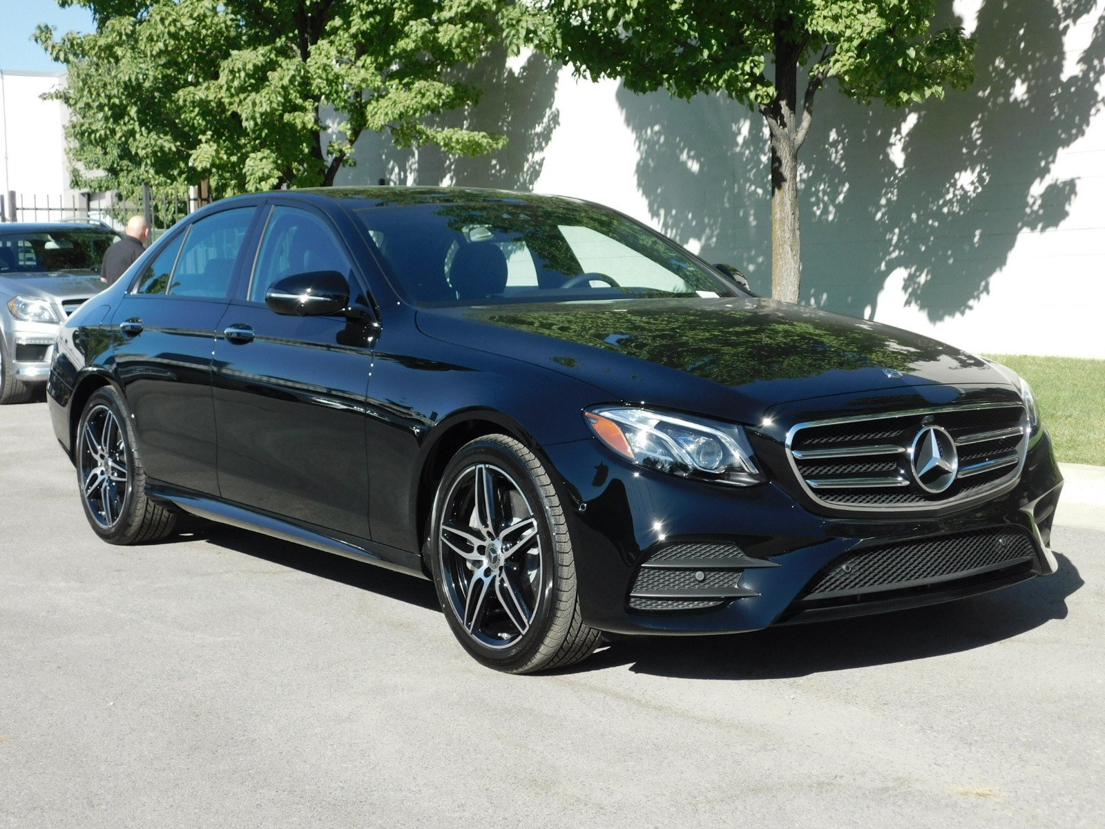 New 2019 Mercedes Benz E Class E 450 4dr Car 1M9043