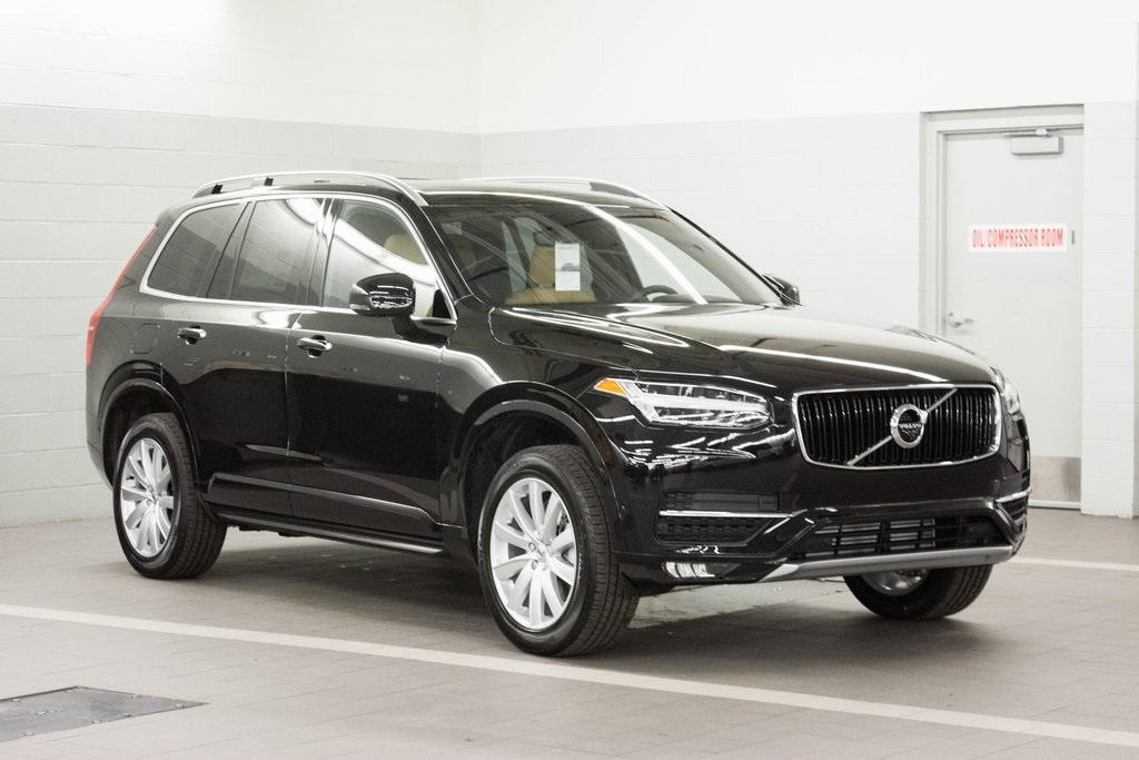 New 2018 Volvo XC90 T5 Momentum 4D Sport Utility #1V8200 | Ken Garff Automotive Group