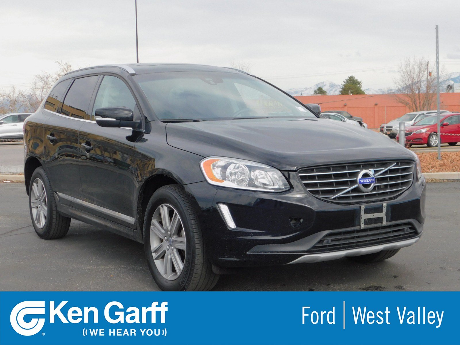 Pre Owned 2017 Volvo Xc60 Inscription