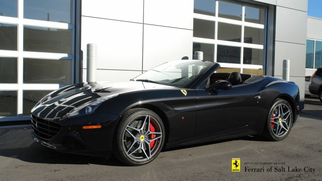 Ferrari California T >> Certified Pre Owned 2017 Ferrari California T Convertible 1ku047c
